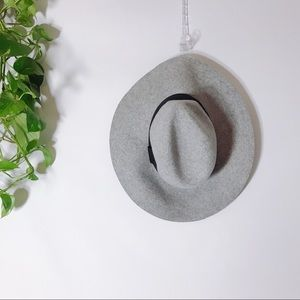 {ABERCROMBIE & FITCH} 100% Wool Fedora Floppy Hat